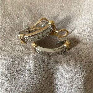 1 carat total weight white/yellow gold earrings
